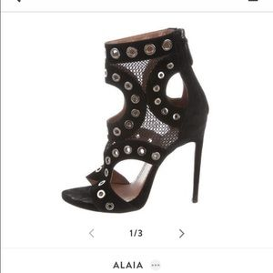 In search of alaia shoes