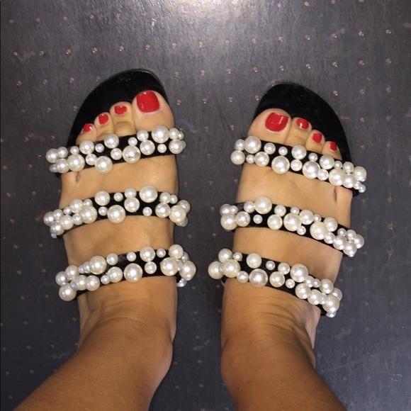 185d4e5716c Pearly strappy sandal. M 596ccb67b4188e4555050381