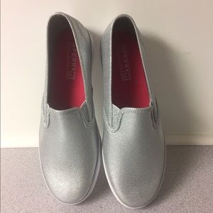 Speedy top-slider silver shoes size 5.5