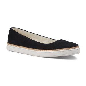 UGG Australia Kammi Leather Suede Black Flat