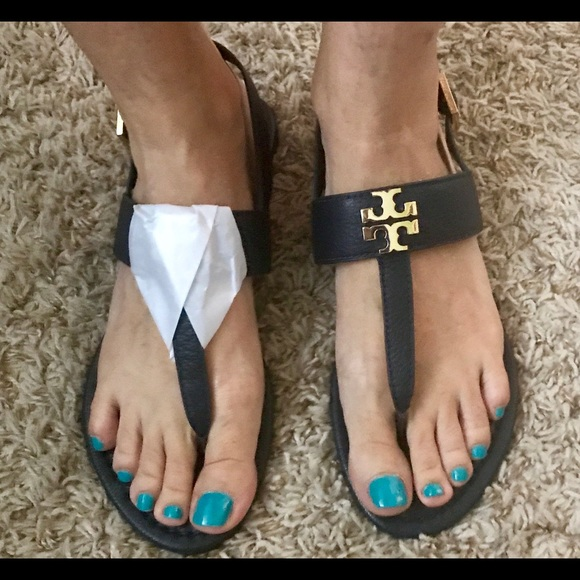 c22d7a0101c77 Tory Burch Laura Flat Sandal  Tumbled leather