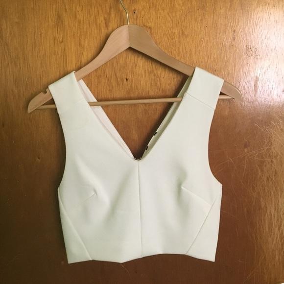 0599e3f154b White dressy crop top