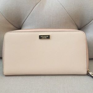 🌸OFFERS?🌸 NWT Kate Spade Wallet