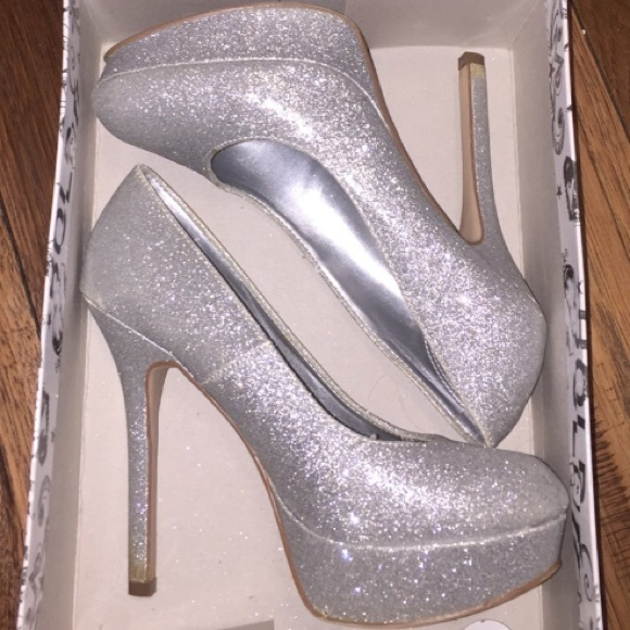 fba801007aa brash Shoes - Sparkly Silver Pumps