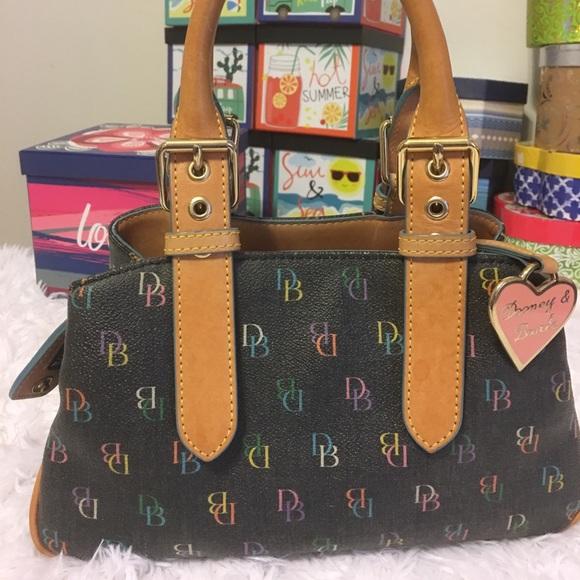 Dooney   Bourke Handbags - Authentic Designer Purse Sale 1c63a8e4bf72b