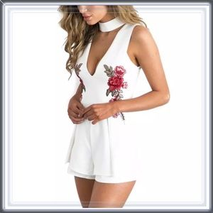 Pants - 🆕 White Flowers in The Attic Choker Floral Romper