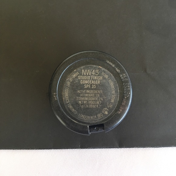 98 off mac cosmetics other mac studio finish concealer for Home landscape design studio for mac 14 1