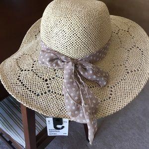 Accessories - NWT Summer Hat