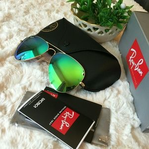 Authentic Ray Ban RB3025 Aviator Brand New