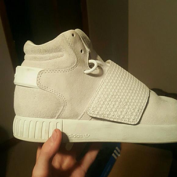 Adidas zapatos Yeezy 750 Boost Cream Suede raras poshmark barato talla 10