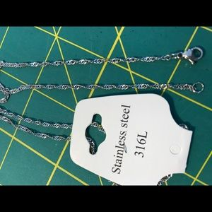 "Jewelry - NIP Stainless 18"" Chain Necklace"