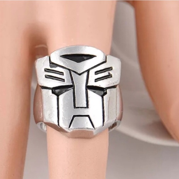 Transformers Bands: MIRRORED SILVER RING CREST