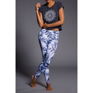 Onzie Starburst Blue Leggings