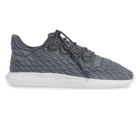 adidas scarpe nuove di zecca per scarpe poshmark ombra