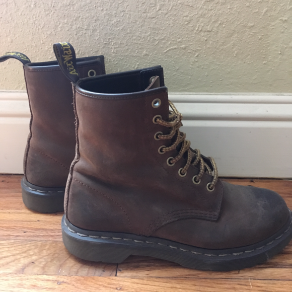 cheap save up to 80% good reputation 1460 Crazy Horse Brown Leather Dr Martens size 7
