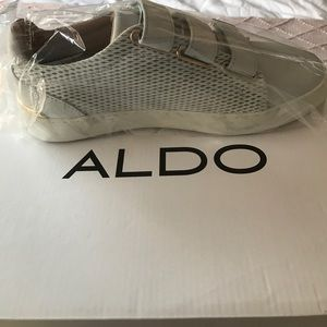 Aldo white shoes size 8!