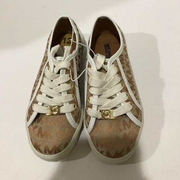 7b8466f97f6f Michael Kors canvas shoe