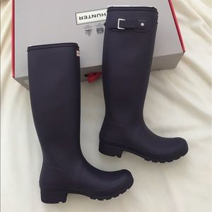 Brand new hunter original tour rain boots