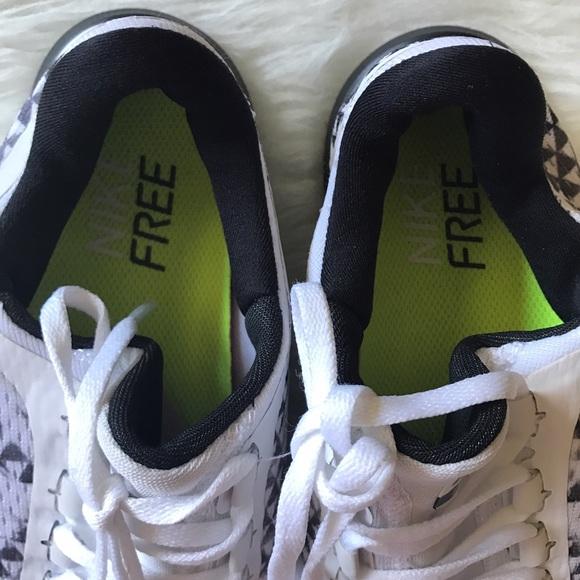 Kvinners Nike Free 3.0 V5 Prm Joggesko Hvit Svart SSPITG
