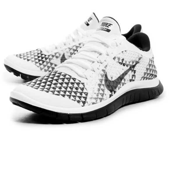 NIKE Free 3.0 V5 PRM Running Shoes Womens Size 9
