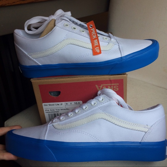 My Lowest!! Vans Old Skool Light weight Blue Sole NWT