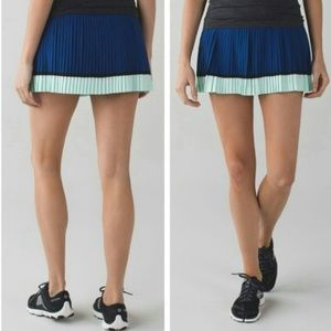 Lululemon Pleat To Street Skirt II size 6 NWT