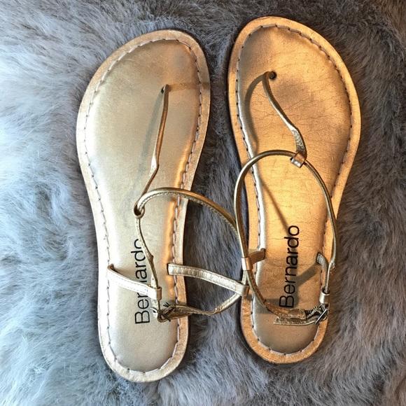 2de88b3db35 Bernardo Shoes - Bernardo Lilly Gold T Strap Sandal
