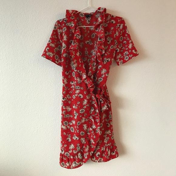 01f1a9feae Topshop Red Floral Ruffle Wrap Dress. M 596d6cde620ff7d624019cd7