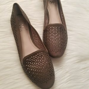 New Vince Camuto Taupe Loafers!