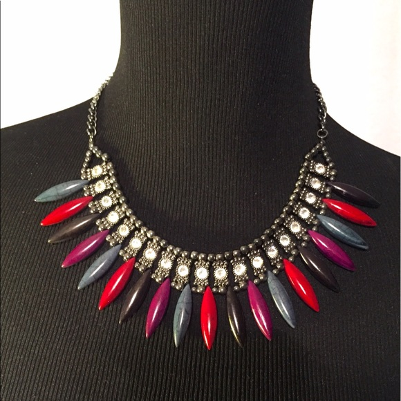 Jewelry - Beads And Crystals Statement Necklace