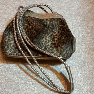 Purse with animal print by Tiannl