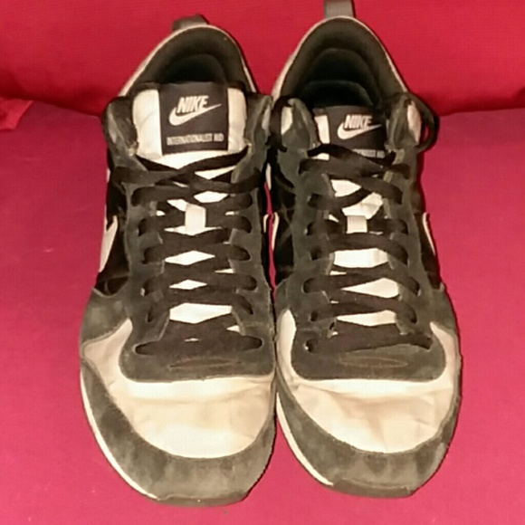 b995f9c6237 Nike Men s Internationalist MID Tennis. M 596dcdb8522b45b07300d417