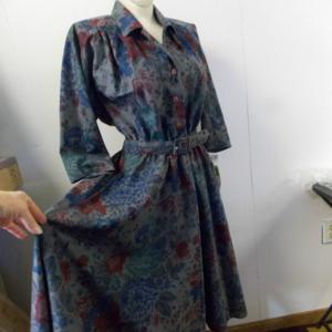 Stuart Alan Petites USA Floral Dress w/ Pockets 10