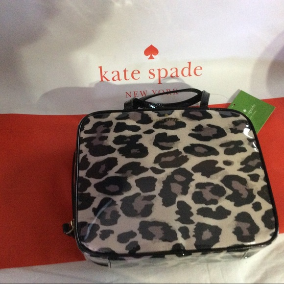 20e491d216 Kate Spade - NWT- Crawford court makeup case.