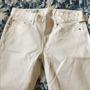 Flared jeans, new