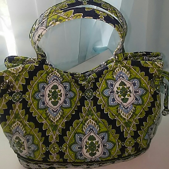 Vera Bradley's True Colors The company blossomed in a corner of the state better known for truck parts than for purses and paisleys, earning adulation from fans and tax breaks from politicians.