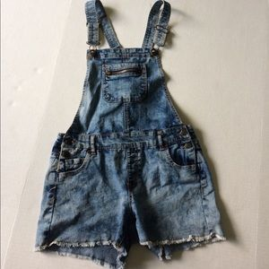 Overalls-Distressed style!!