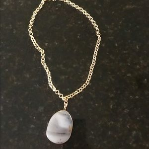Jewelry - Necklace, real stone w chain