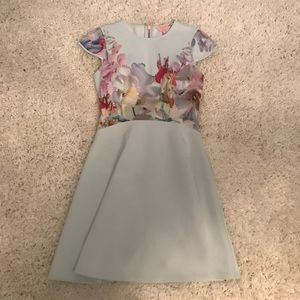 💗 NEW Ted Baker Dress NWT Size 2 💗