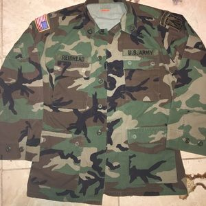 AUTHENTIC US MILITARY JACKET