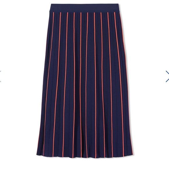 a18a408d0e3a Tech Knit Pinstripe Skirt Size Small Tory Sport. M 596e4a1dc284562300024cf6