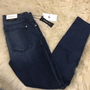 7 For All Mankind Midrise Ankle Skinny jeans