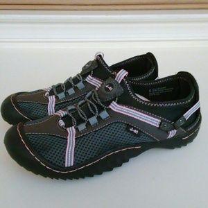 J-41 Women's Water Shoes Mesh Hiking Sneakers