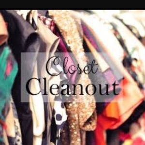 Dresses & Skirts - MAKE AN OFFER!! Clearing out my closet!!