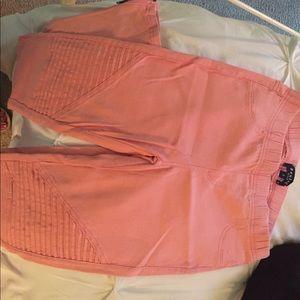 Stretchy Beulah pink pants!