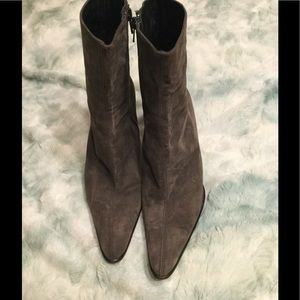 Sacha Gray suede boots