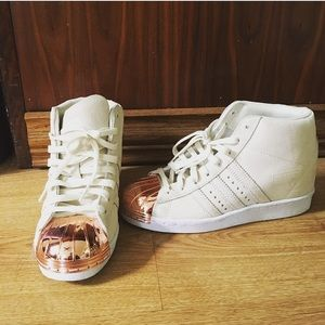 rose gold adidas shell toes