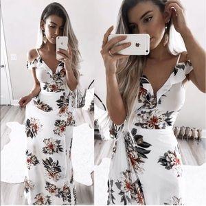 Dresses & Skirts - Ivory cold shoulder maxi dress