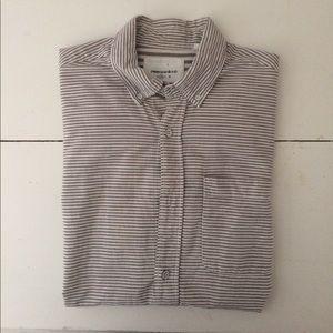 Men's short-sleeved button down (M)