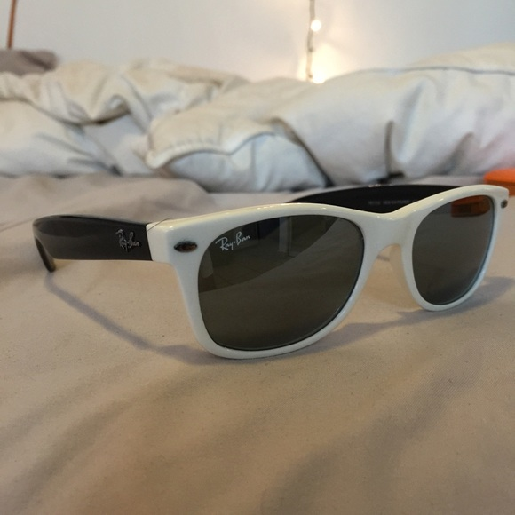 ray ban wayfarer sunglasses black and white